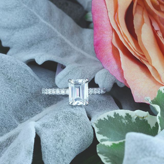 Emerald Shaped Diamond Engagement Rings